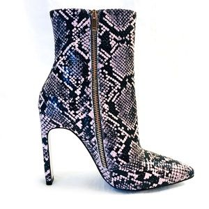 Haute-couture black and pink heeled boots